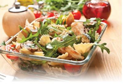 Farfalla Salad with Arugula and Chicken