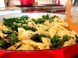 Garlic Kale and Farfalle