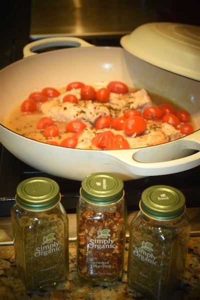 Chicken Sauté with Tomatoes, Garlic and Italian Herbs