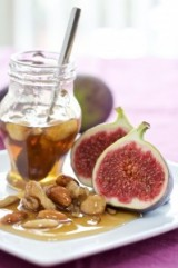 Figs with Nuts and Honey