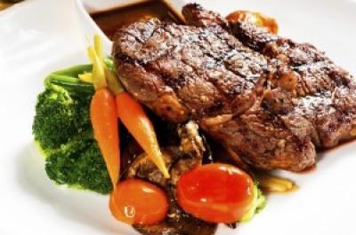 Grilled Ribeye Steak with fresh Vegetables
