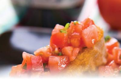Easy and Delicious Tomato Salad